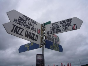 glasto-direction